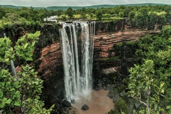 Panna-Raneh-Falls-